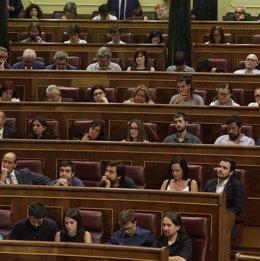 Pablo Iglesias, íñigo Errejón y otrs diputados de Unidos Podemos