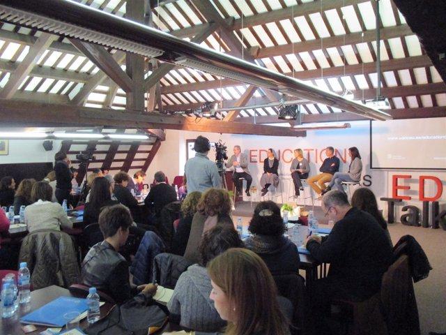 Sesión de Education Talks en la UAO CEU