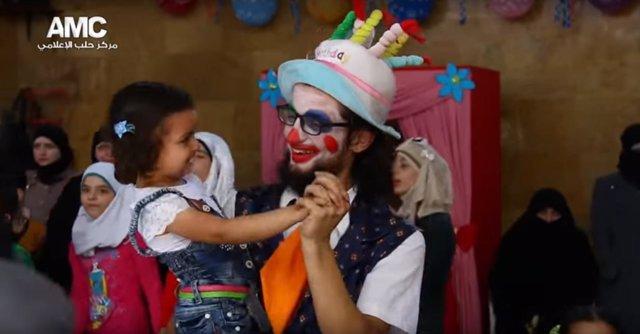 Anas al Basha, el conocido como 'payaso de Alepo'