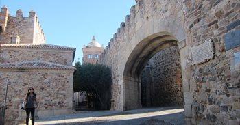 El rodaje de Juego de Tronos cierra parte del casco antiguo de Cáceres