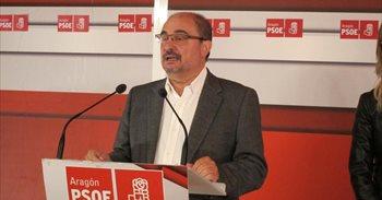 """Lambán destaca que el PSOE hace """"una oposición útil"""" y """"provechosa"""" para..."""