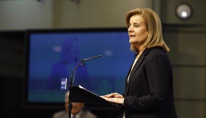 """Báñez dice que con la subida de impuestos el Gobierno pide un """"esfuerzo solidario"""" a las empresas más grandes"""