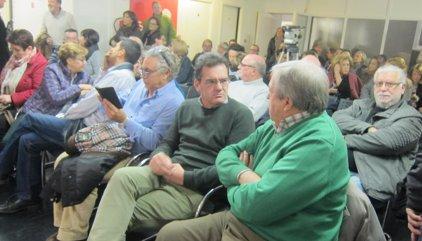 """Militantes socialistas reclaman a la Gestora que convoque """"ya"""" el Congreso Federal"""