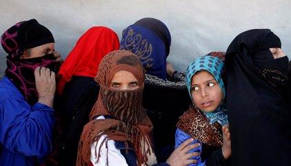 Vivir bajo el control del Estado Islámico siendo mujer: represión, abusos y violencia