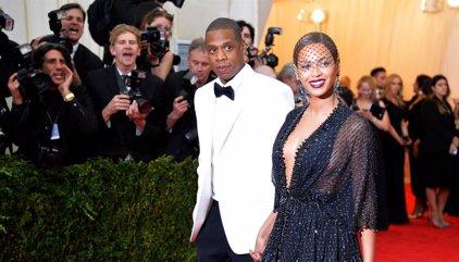 Jay-Z cumple 47 años envuelto en polémicas