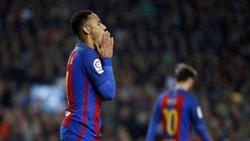 Neymar pateix una sobrecàrrega a l'adductor (MIGUEL RUIZ/FCB)