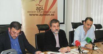 El investigador Paolo Caucci von Saucken, Premio Internacional Aymeric...