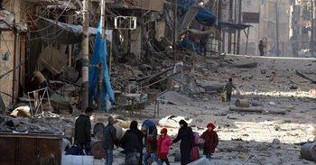 Miles de personas huyen de Alepo