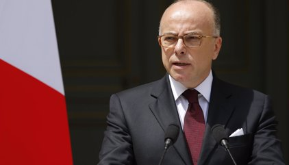 Hollande designa a Bernard Cazeneuve nuevo primer ministro