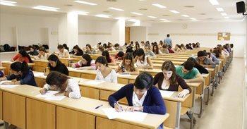 España mejora en Lectura en PISA 2015 y se sitúa por primera vez por...