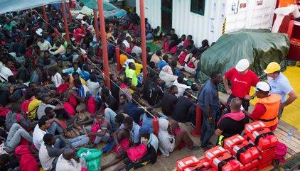 """Save the Children reclama un """"paso seguro"""" tras salvar a 2.600 personas en el Mediterráneo"""