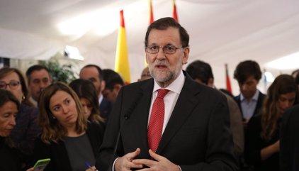 """Rajoy acepta una reforma """"razonable"""" de la Constitución si antes se fija lo intocable"""