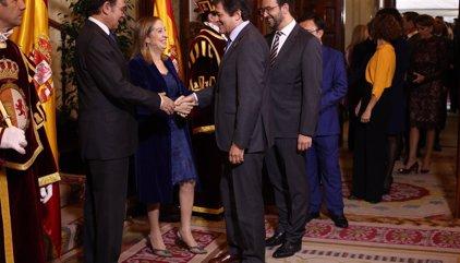 """Javier Fernández defiende que PSOE """"está en la centralidad"""" y ve imposible apoyar los PGE"""