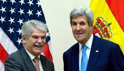 """Dastis y Kerry constatan el """"excelente"""" estado de las relaciones España-EEUU"""