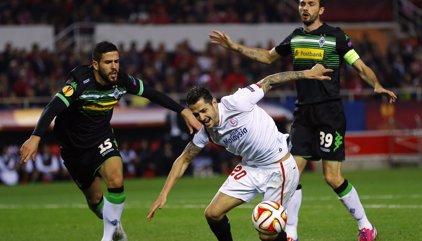 Álvaro Domínguez se retira por culpa de las lesiones
