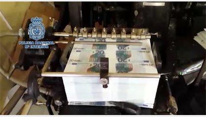 Desmantelado un grupo internacional especializado en la fabricación y distribución de euros falsos