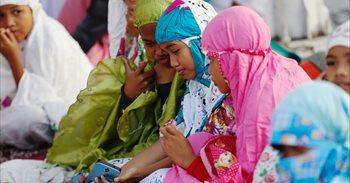 El Constitucional alemán impone a las niñas musulmanas las obligación de...