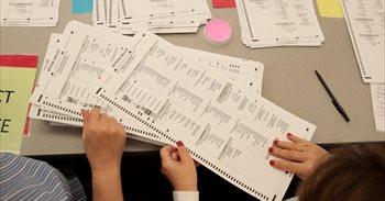 Obama ordena un informe sobre el posible 'hackeo' ruso de las elecciones...