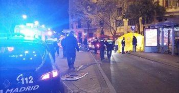 Un joven de 15 años, en estado crítico tras ser arrollado por un coche en...