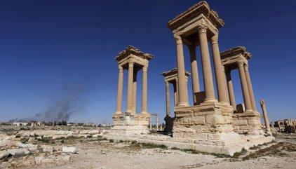 Estado Islámico se retira de la ciudad de Palmira tras intensos bombardeos rusos