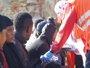 Foto: Once inmigrantes llegan a Ceuta en una embarcación