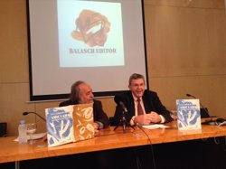Lluís Busquets une el 'Llibre d'amic e amat' con textos lulianos de Verdaguer y Xirinacs