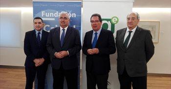 El programa '100 Caminos al Éxito' de Cajasol genera 80 startups en...
