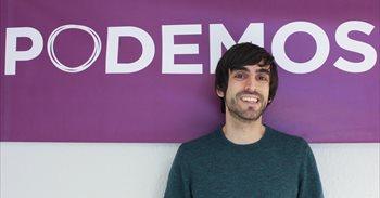Maura  (Podemos) niega que haya un conflicto político con los críticos...