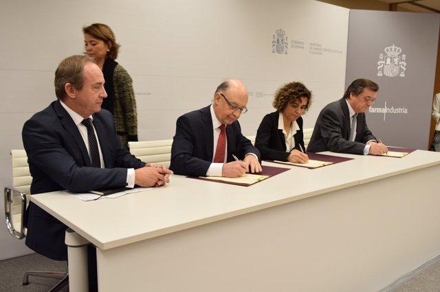 Acuerdo Gobierno y Farmaindustria