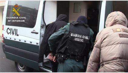Desmantelada una célula de albaneses especializada en robos de viviendas de lujo en torno a la A-6