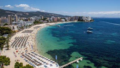 El sector turístico crecerá un 3,2% en 2017, según Exceltur