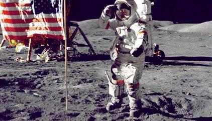 Fallece Gene Cernan, el último ser humano que pisó la Luna