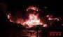Un incendio quema una planta de reciclaje en Sant Feliu de Buixalleu