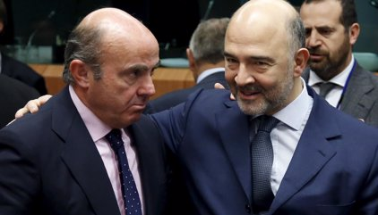 Bruselas aprueba el presupuesto de España pese a que prevé un déficit del 3,3%