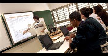 Educación propone un calendario de cuatro años hasta 2020 para pagar a...