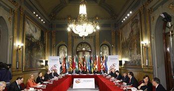 Rajoy i els presidents autonòmics acorden aprovar el nou sistema de...