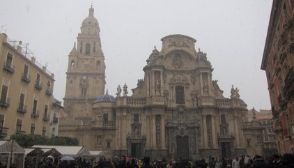 La nieve llega a la ciudad de Murcia 34 años después