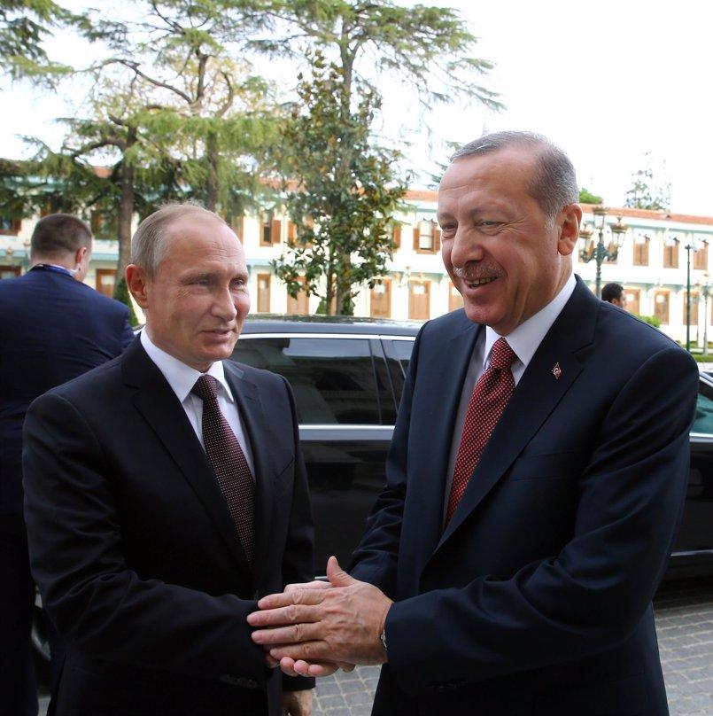 Rusia y Turquía lanzan su primer ataque conjunto en la región siria de Alepo