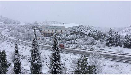 Afectadas unas 30 carreteras de Almería, Cádiz, Granada y Málaga por el temporal de nieve