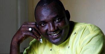 Barrow tomará posesión como presidente de Gambia en la Embajada en...