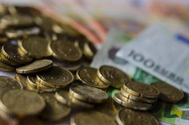 El dèficit comercial es redueix un 27% fins al novembre, amb un altre nou rècord de les exportacions (EUROPA PRESS)