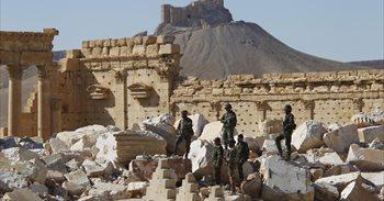 Estado Islámico ejecuta a 12 personas, incluidos profesores, en Palmira