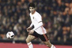 El valencianista Carlos Soler pasa a formar parte del primer equipo