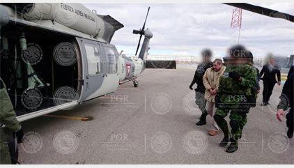 Llega a EEUU el narcotraficante 'El Chapo' Guzmán, tras ser extraditado desde México