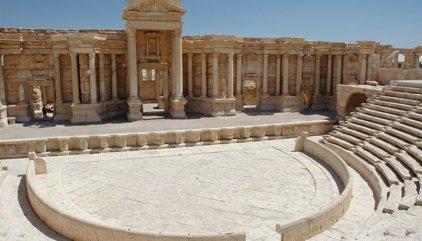 La UNESCO condena la destrucción del teatro romano y el Tetrápilo de Palmira