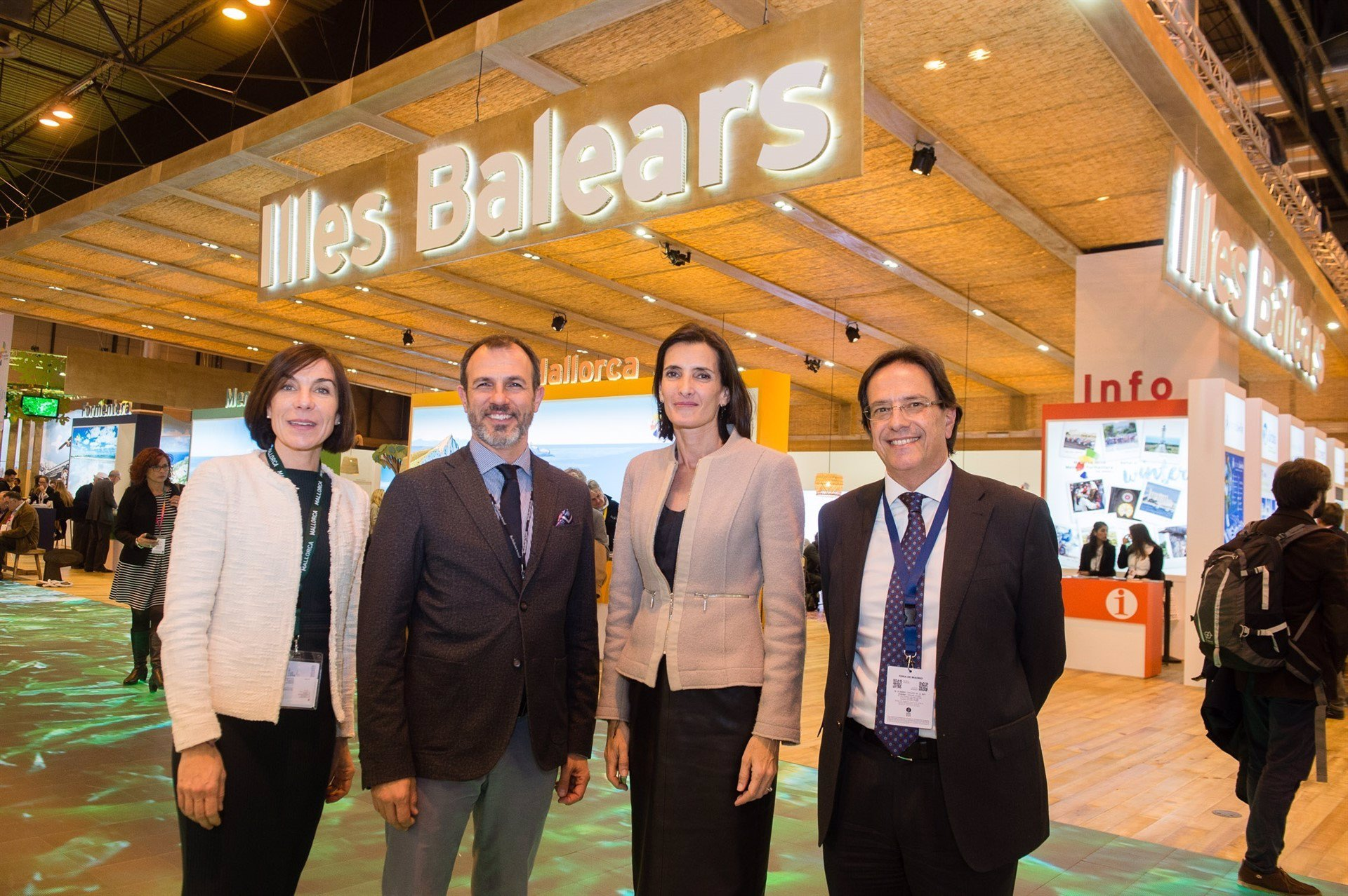 Canarias y Baleares solicitan al Estado la regulación de las plataformas de alquiler vacacional