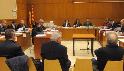 Unió demana al jutge que els bancs no puguin acusar-los de gestió deslleial en no ser perjudicats