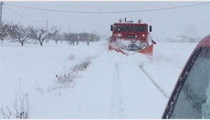 """El aire polar continental y una DANA se ha sumado para dar estas nevadas y frío """"histórico"""""""