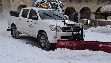 Nueve carreteras autonómicas permanecen cortadas debido a la nieve