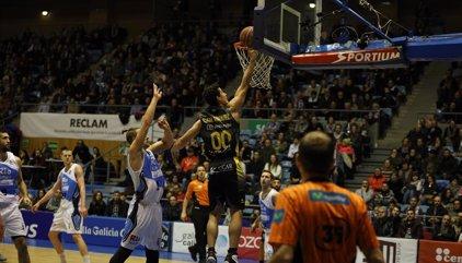 Iberostar Tenerife y MoraBanc abren la segunda vuelta con victoria